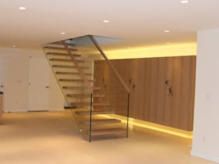 Classic style corridor, hallway and stairs by Siller Escaleras Classic