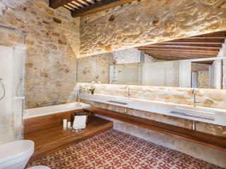 Baños Cases Singulars de l'Empordà, Samària 55, Pals TONO BAGNO | Pasión por tu baño Baños de estilo rústico