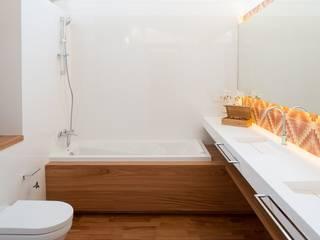 Pals, Carrer Samària 34, Cases Singulars de l'Empordà TONO BAGNO | Pasión por tu baño Baños de estilo rústico