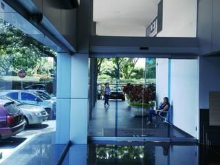HALL TORRE EMPRESARIAL / Cali ION arquitectura SAS Edificios de oficinas