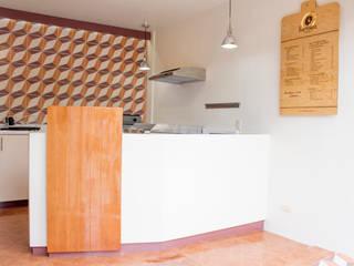 Local Comercial La Hormiga Tortas en Amapolas, Oaxaca México: Cocinas de estilo moderno por Additivo al diseño