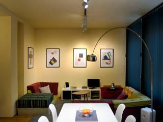 Decoración interior de vivienda en Berlín Salones de estilo moderno de garcia navalon arquitecto Moderno