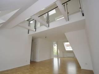 Kleinod unterm Dach:  Esszimmer von SIGRUN GERST ARCHITEKTUR