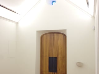 Modern walls & floors by Poliune Modern