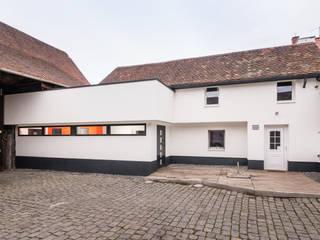 Aus alt mach neu Moderne Häuser von Helwig Haus und Raum Planungs GmbH Modern