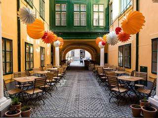 Café Latte Wien - Barlooon für den Aussenbereich Ausgefallene Bars & Clubs von Barlooon Germany GmbH Ausgefallen