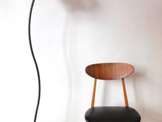 Lampe par LA CASE A GOURDES Éclectique