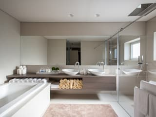 CASA MARQUES INTERIORES BathroomBathtubs & showers Ceramic Brown