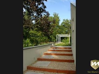 Jardines de estilo industrial de Van Mierlo Tuinen | Exclusieve Tuinontwerpen Industrial