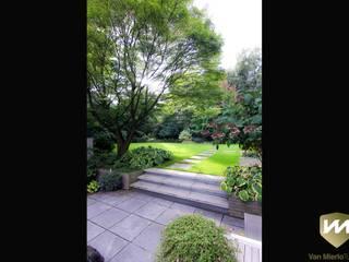 Modern garden by Van Mierlo Tuinen | Exclusieve Tuinontwerpen Modern