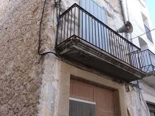 ARQUITECTURA + OBRES: Casas de estilo  de Arquitectura Úrsula Cucala