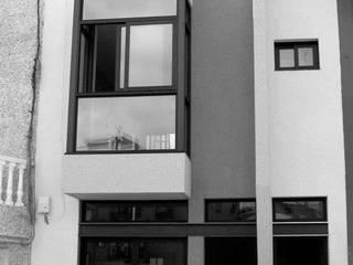 2 VIVIENDAS EN GUIA DE ISORA: Casas de estilo  de ESTUDIO MARRERO ARQUITECTOS