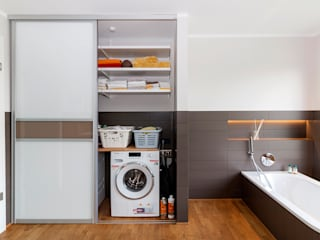 Elfa Project Photos : Storage solutions for every room Pamela Kilcoyne - Homify Modern Banyo