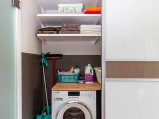 Elfa Project Photos : Storage solutions for every room Baños de estilo moderno de Pamela Kilcoyne - Homify Moderno