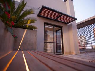 Modern balcony, veranda & terrace by Sebastian Alcover - Fotografía Modern