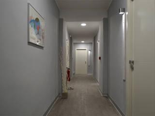 Hoteles de estilo minimalista de INTERNO B Minimalista