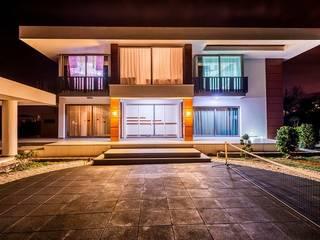 Modern houses by Şölen Üstüner İç mimarlık Modern