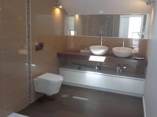 Baños modernos de Arteprumo, LDA Moderno Cerámico