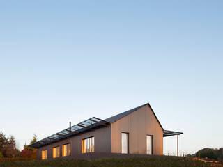 Maison Saint-Sauveur Maisons minimalistes par Hors-Champs, Laurence Cheret Architecte Minimaliste