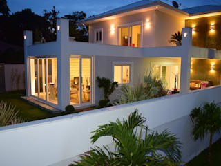 Casas de estilo ecléctico de Gisele Ribeiro Arquitetura Ecléctico