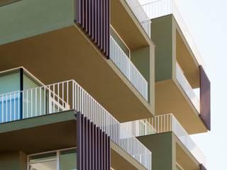 Casas estilo moderno: ideas, arquitectura e imágenes de Laboratorio di Progettazione Claudio Criscione Design Moderno
