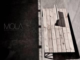 Banco de plaza:  de estilo  por MOLA