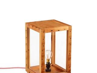 TABLE LAMPS: CUE & CO OF LONDON Cue & Co of London SoggiornoIlluminazione