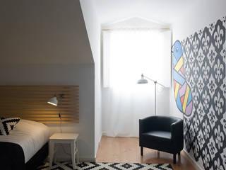 Chambre de style  par ARCO mais - arquitectura e construção