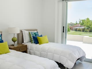 dormitorio: Dormitorios de estilo  por Parrado Arquitectura