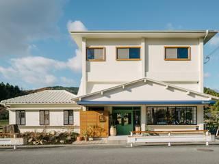 Espaces commerciaux originaux par coil松村一輝建設計事務所 Éclectique