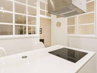 GESTION INTEGRAL DE PROYECTOS DEL NOROESTE S.L. - GESPRONOR Modern kitchen