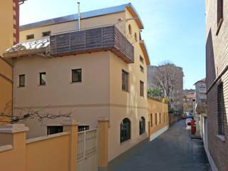 Casas de estilo  por Alessandro Tosetti