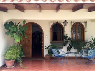 Casa en Santa Paula Casas de estilo clásico de TP TOP Caracas Clásico