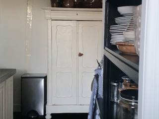 Kitchen by Makien Verkroost interior design + styling
