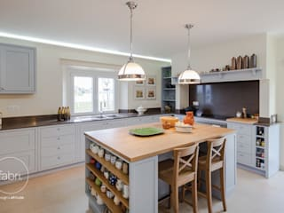 Landhaus Küchen von FABRI Landhaus
