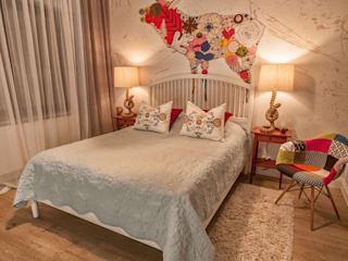 Skandynawia w stylu Folk: styl , w kategorii Sypialnia zaprojektowany przez Pracownia Architektury Wnętrz Hanny hildebrandt