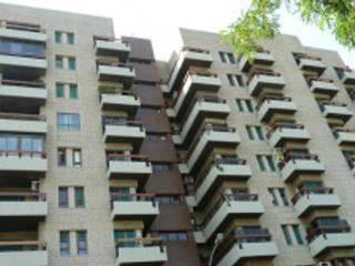 GALERÍA DE PROYECTOS: Casas de estilo  de T-maxrestaura