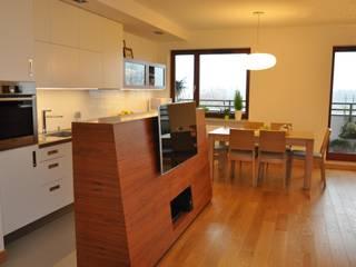Mieszkanie na Służewcu Nowoczesna jadalnia od BFArchitekt Nowoczesny