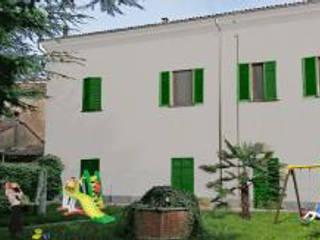 Casa d'accoglienza (Vercelli): Case in stile  di Alessandro Tosetti
