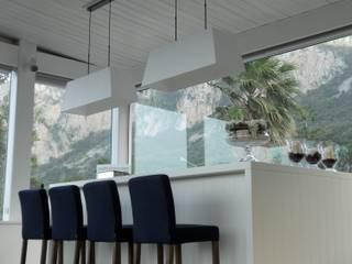 Corner & Relax Cucina in stile mediterraneo di EXCELSIOR HOME INTERIORS Mediterraneo