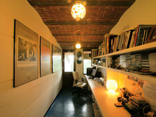 Duplex Apartment, Creativity, Auroville Eclectic style study/office by C&M Architects Eclectic