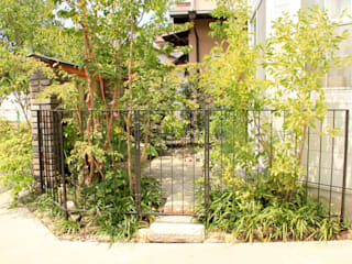 ステンドグラスの小庭 オリジナルな 庭 の 鈴木庭店 オリジナル