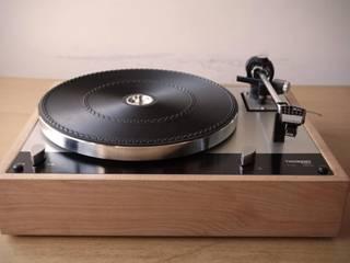 Plinto/base gira-discos feito por encomenda para a Vintage Audio Lisboa! por Pode Ser! Moderno