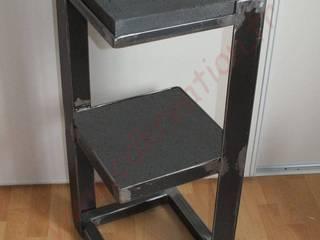 Petit meuble design industriel acier & béton par CdrikDesign&Kreation Industriel