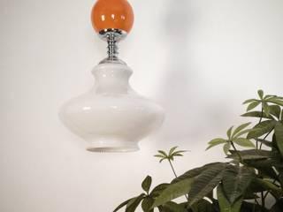 Lámpara opalina:  de estilo  de Martina Vintage