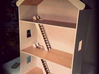 Casa de bonecas. por Pode Ser! Moderno