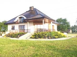 Dom Seweryna (mała) G2 - stylowy szyk i oryginalny charakter : styl , w kategorii Domy zaprojektowany przez Pracownia Projektowa ARCHIPELAG,Klasyczny