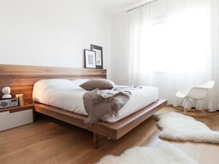 Minimalist bedroom by Didonè Comacchio Architects Minimalist