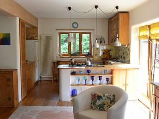 Bewohntes Einfamilienhaus :   von HomeStaging Corinna Ruland