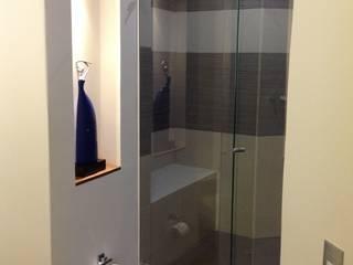 Baño: Baños de estilo  por ea interiorismo